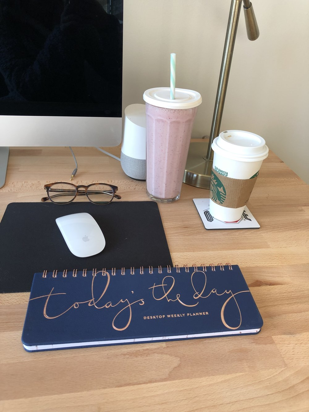 Desk weekly planner to help you be more organized