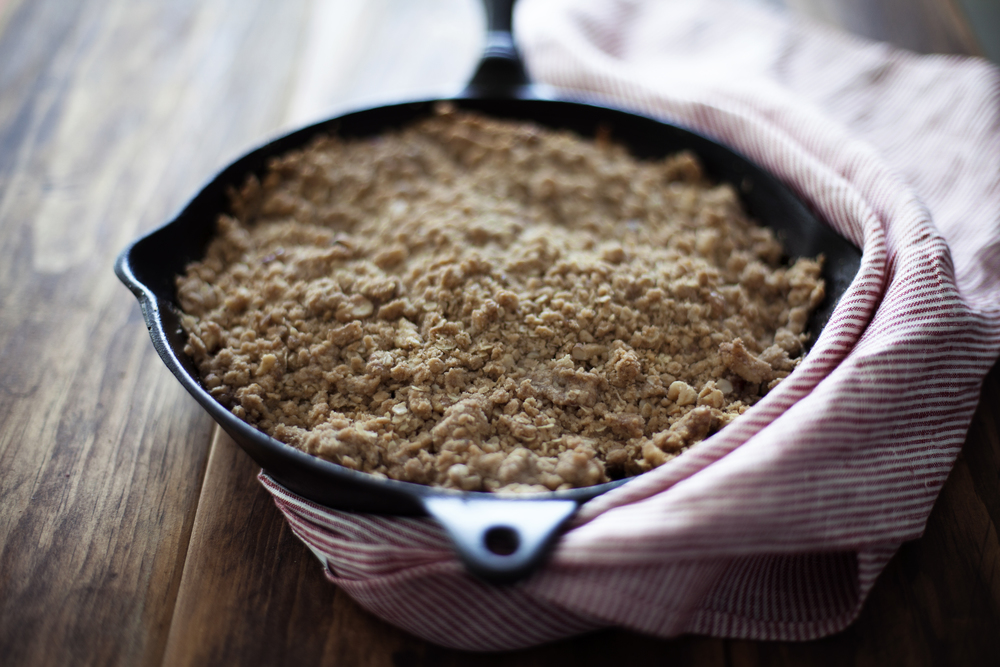 walnut apple crisp v.jpg