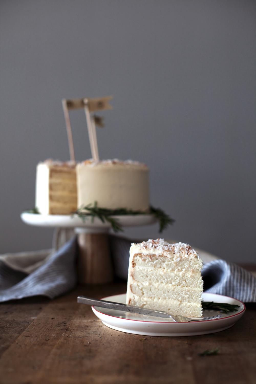 coconut cake vii.jpg