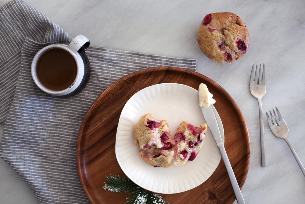 cranberry cream cheese muffin v.jpg