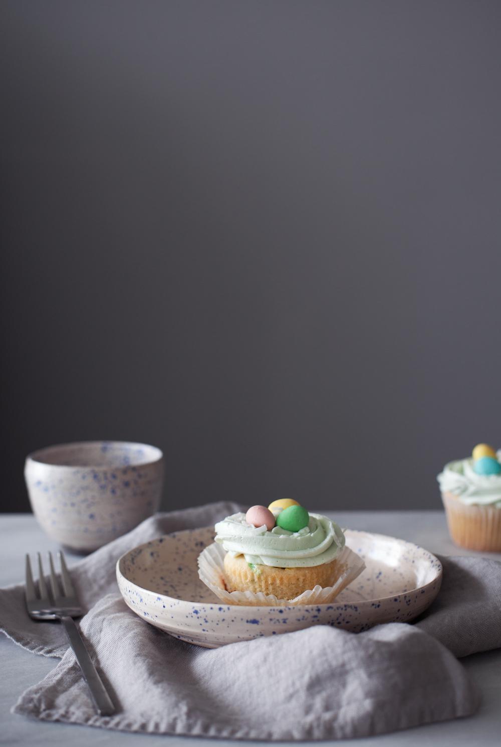 mini egg cupcakes iii.jpg