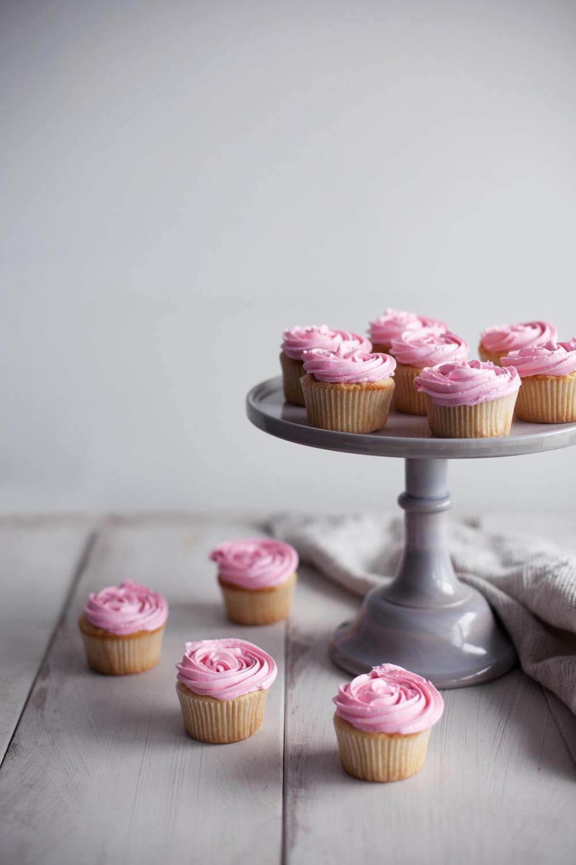 rose cupcakes v.jpg
