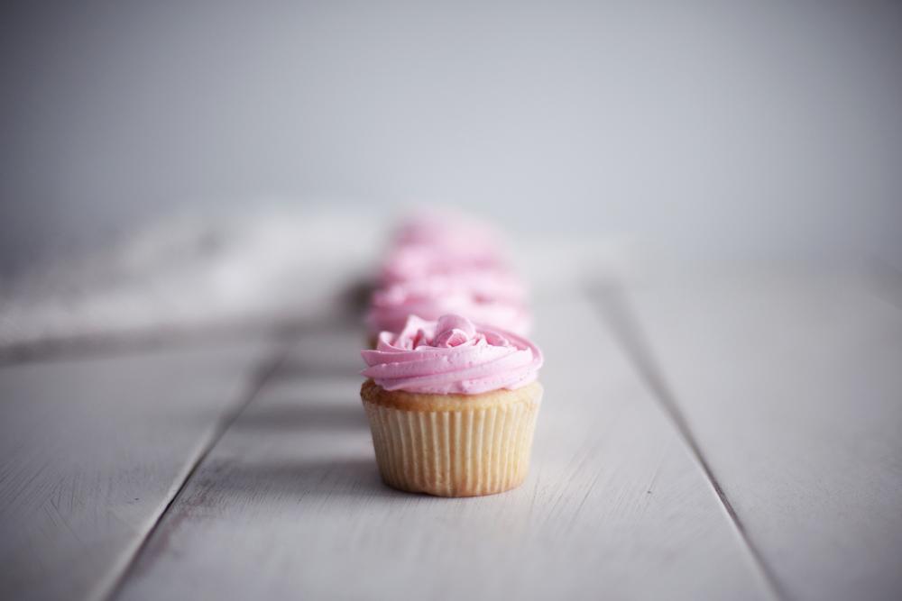 rose cupcakes vii.jpg