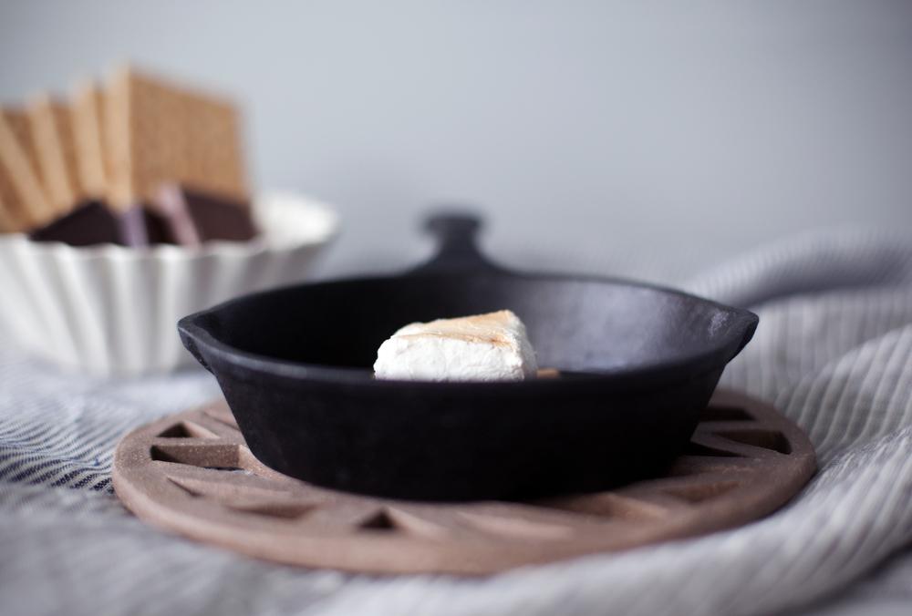 marshmallow s'mores iv.jpg