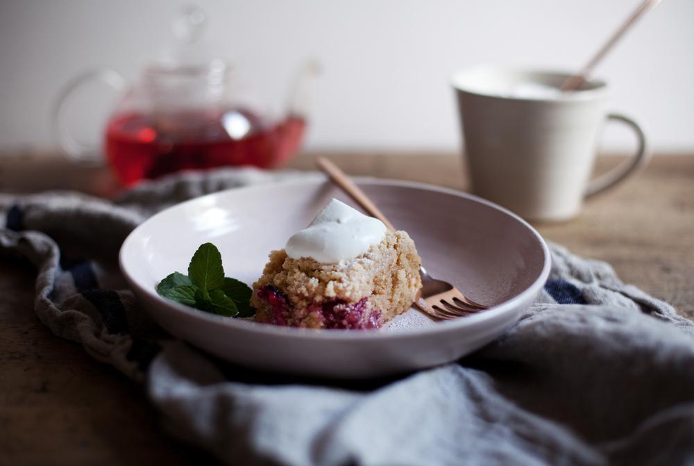 berry crumb cake vi.jpg