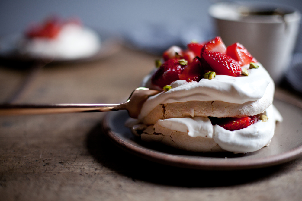strawberry pistachio mini pavlova x.jpg