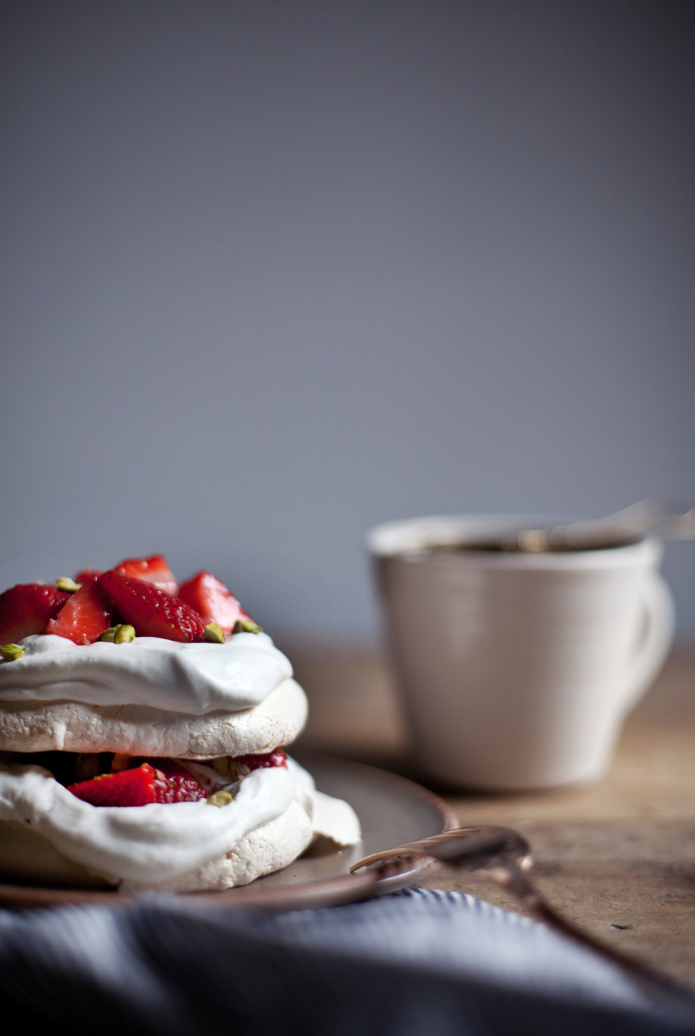 strawberry pistachio mini pavlova viii.jpg
