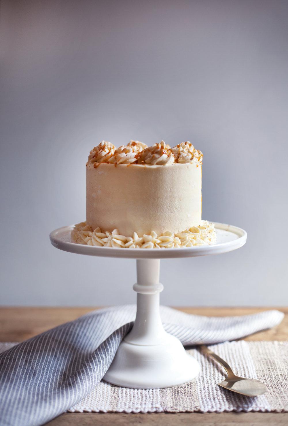 apple pie cake iv.jpg