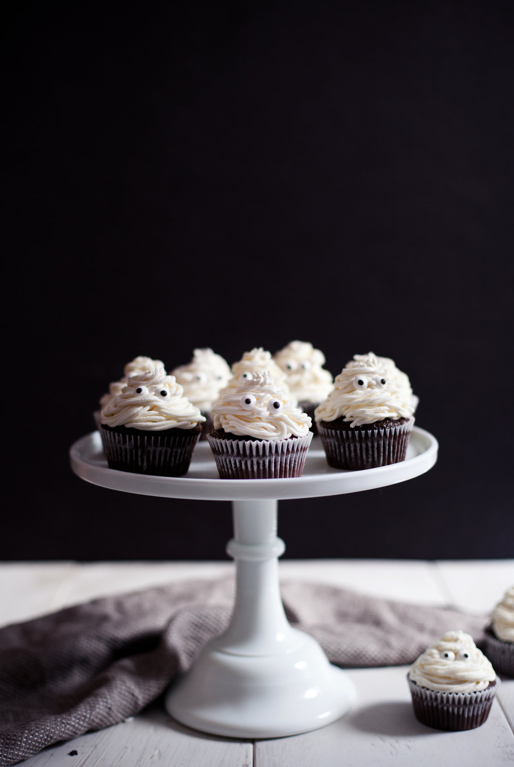 halloween cupcakes vi.jpg