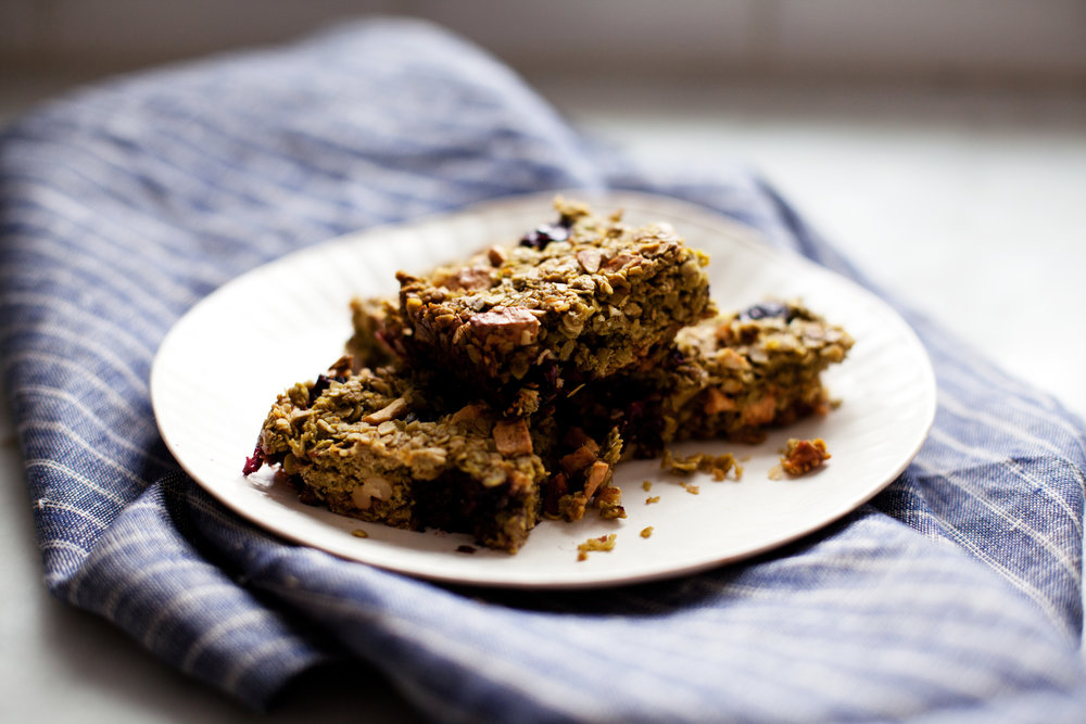 matcha & blueberry granola bars xiii.jpg