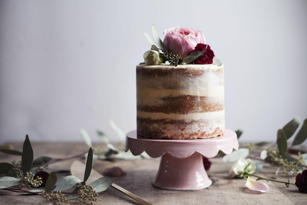 vanilla cinnamon cake v.jpg