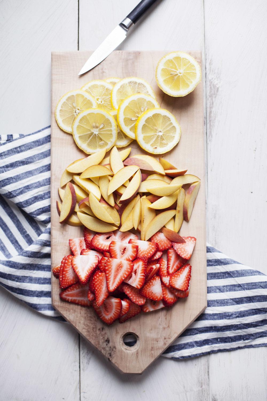 strawberry peach sangria ii.jpg