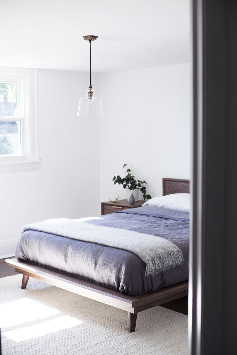 monochromatic bedroom 1.jpg