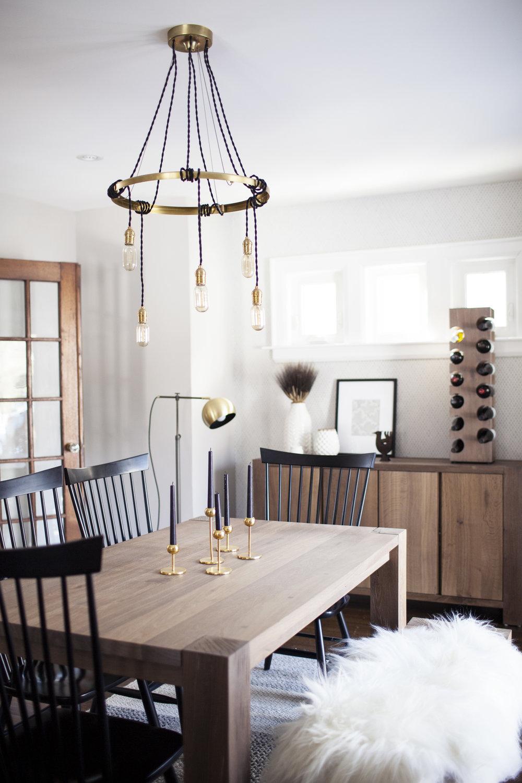 modest farmhouse dining room vi.jpg