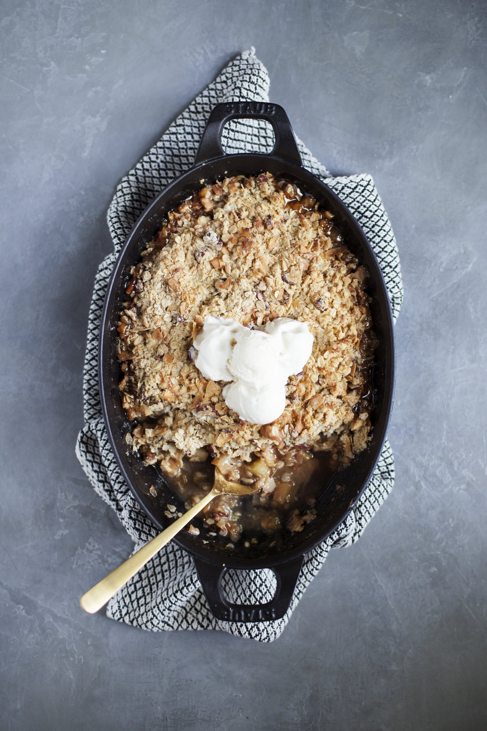 rhubarb apple coconut crisp vi.jpg