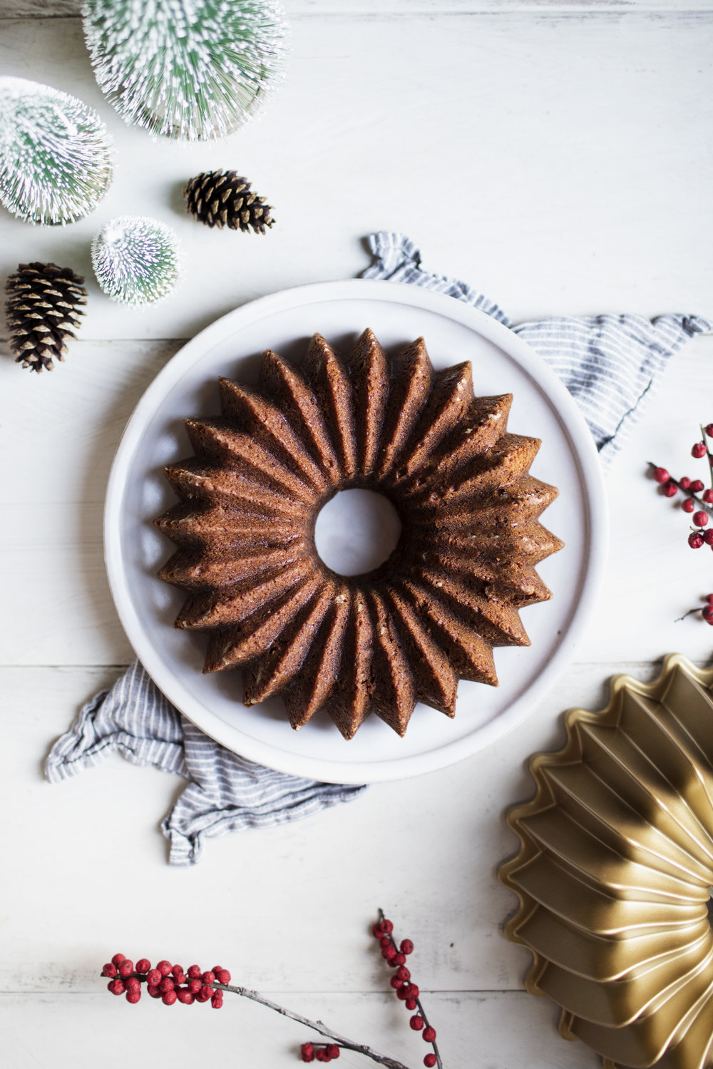 gingerbread bundt cake iv.jpg