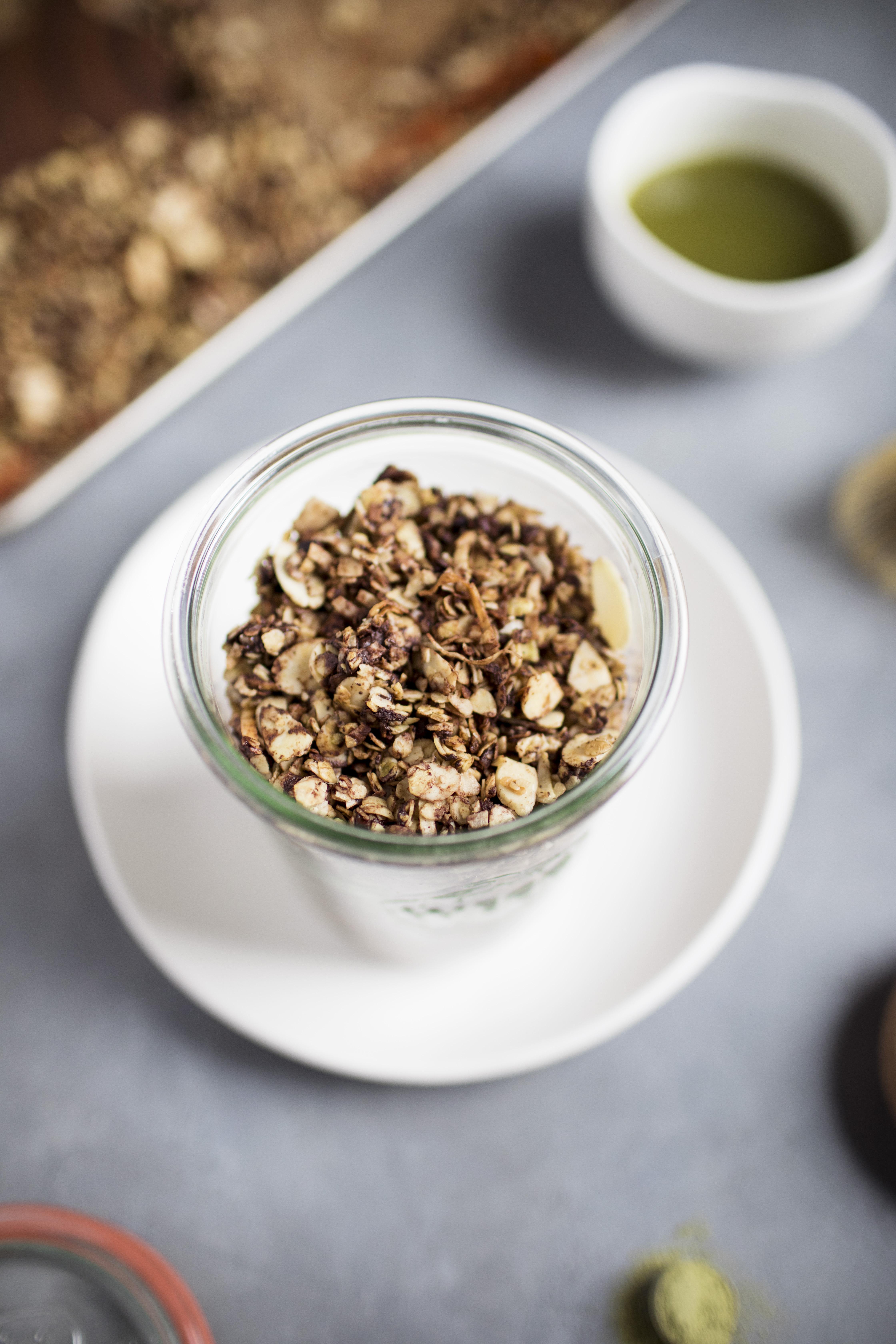 chocolate coconut matcha granola iv.jpg