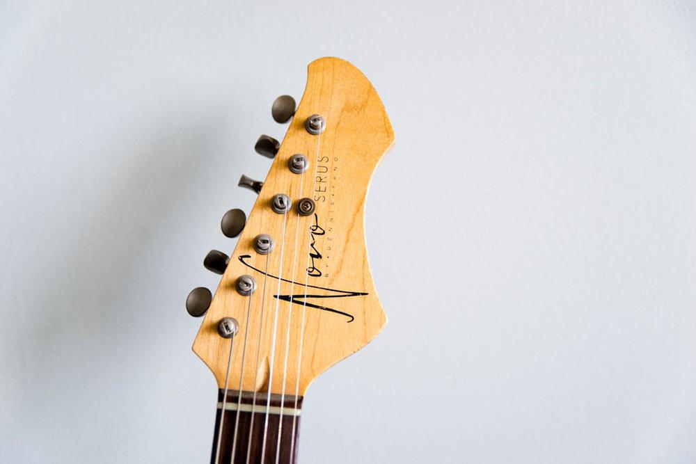 NOVO-guitars-10.jpg