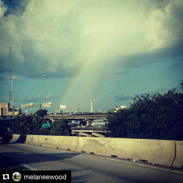 Words of wisdom courtesy of #Repost @melaneewood ・・・ You can choose to see the #traffic or see the #rainbow! #houston #adventure #littlethings #outdoorlife