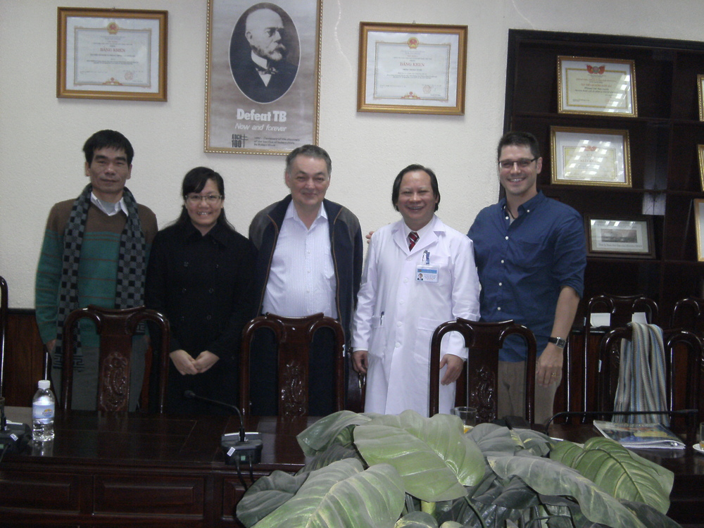 Collaborators at the National Lung Hospital in Ha Noi From Left: Dr Nguyen Binh Hoa, Dr Thu Anh Nguyen, Professor Guy Marks, Professor Doctor Nguyen Viet Nhung, Dr Paul Mason