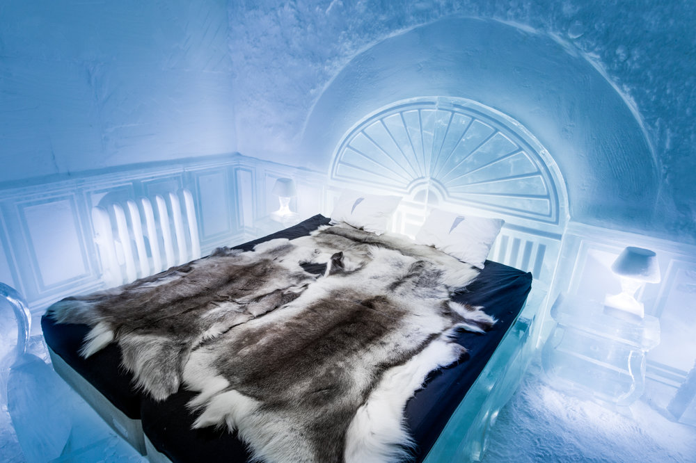 Deluxe suite- The Victorian Apartment, artists- Luca Roncoroni, ICEHOTEL 365- Photo by - Asaf Kliger (1 of 1).jpg