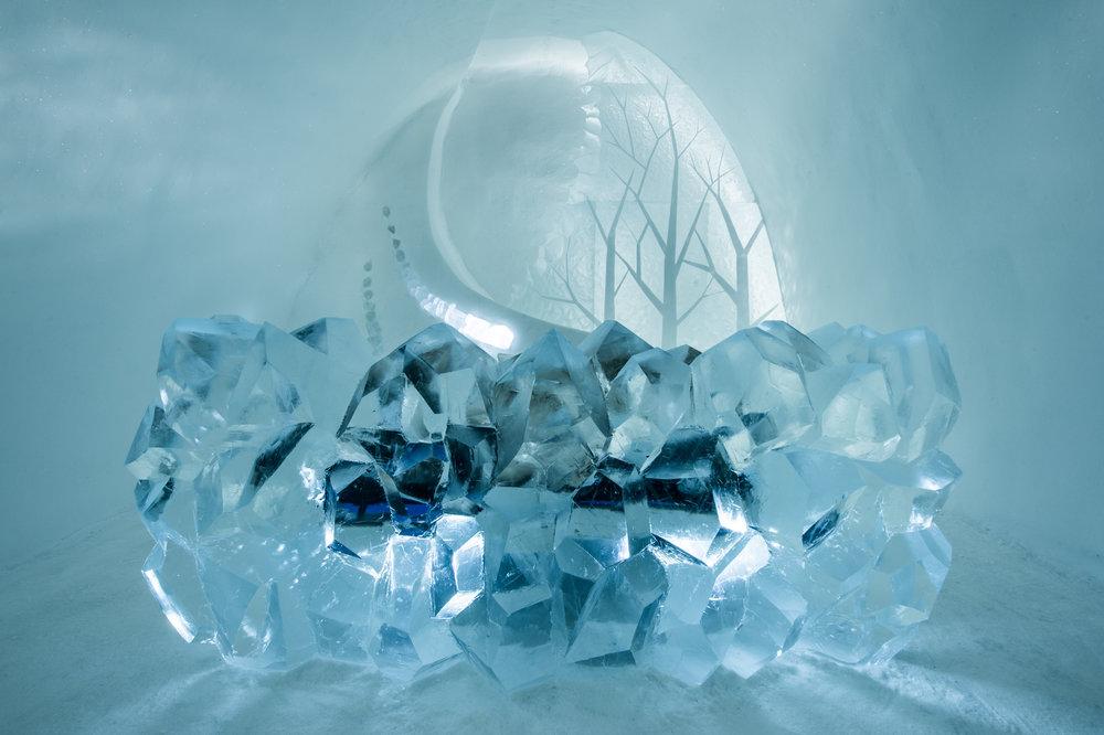 Art suite -Radiance-Natsuki Saito & Shingo Saito- ICEHOTEL 28  Photo by - Asaf Kliger.jpg