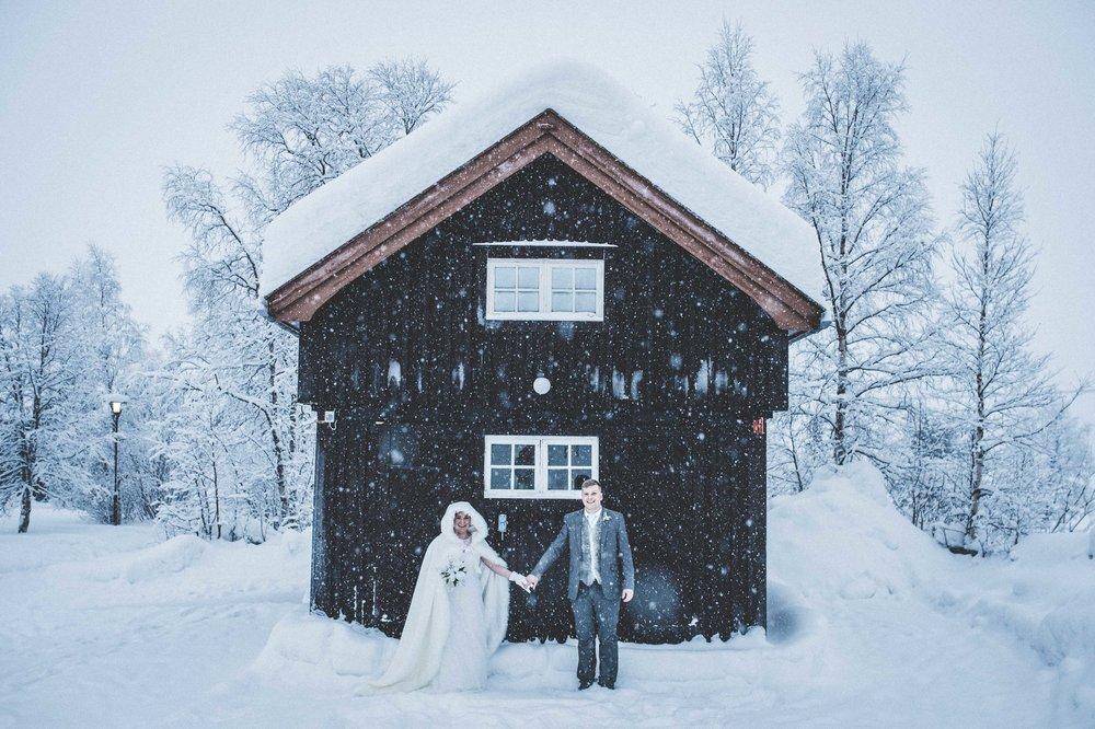 H&S - ICEHOTEL wedding - Asaf Kliger (1 of 13).jpg