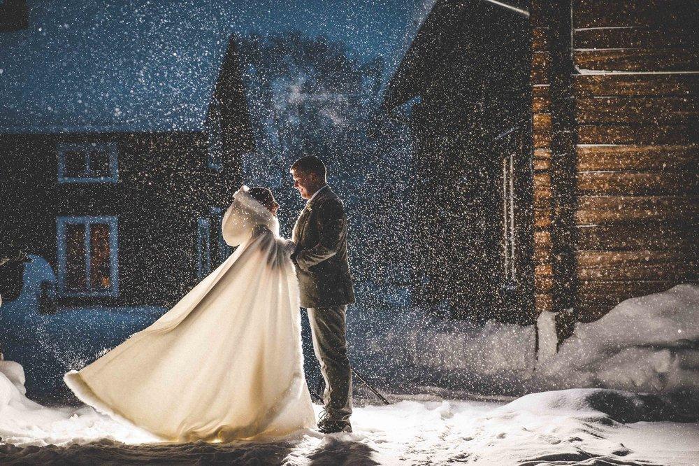 H&S - ICEHOTEL wedding - Asaf Kliger (4 of 13).jpg