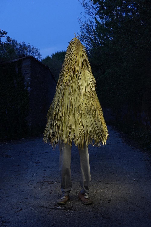 Palm tree leaves, clothes / 210x65x65 cm / 2016