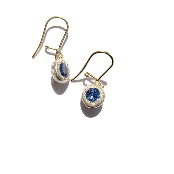 Earrings_0005_Layer 3.jpg