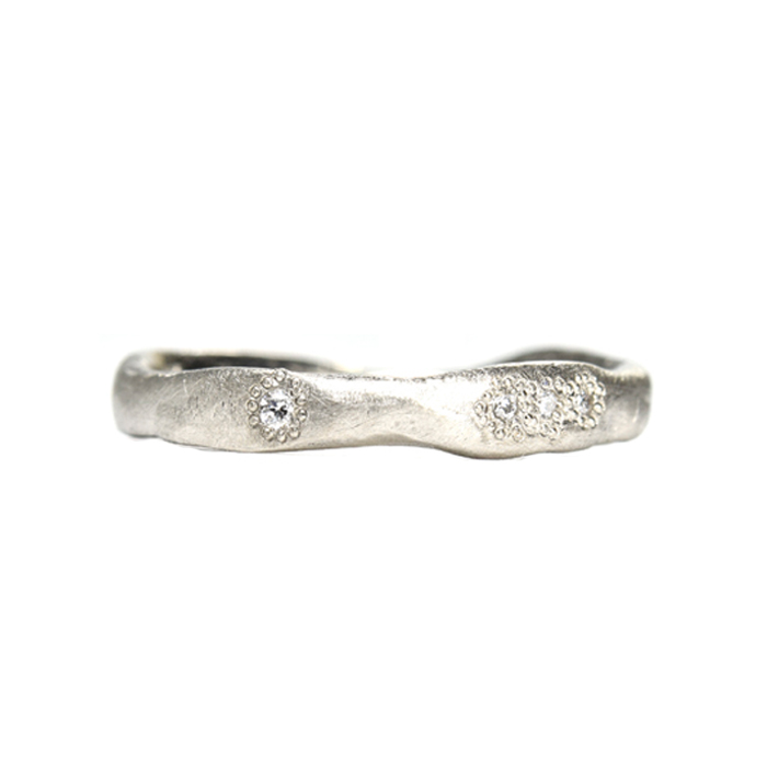 18ct white gold wonky wedder.jpg