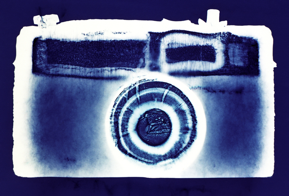 Camera #4, Penelope Davis,1997,type c print, 76x105cm
