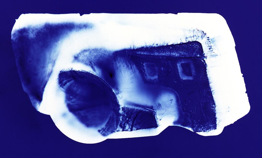Mirai (blue), Penelope Davis,  2003, type c print, 76x102cm