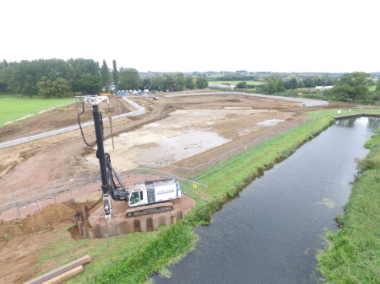 birds_eye_view_piling_White_mills_marina_river_nene