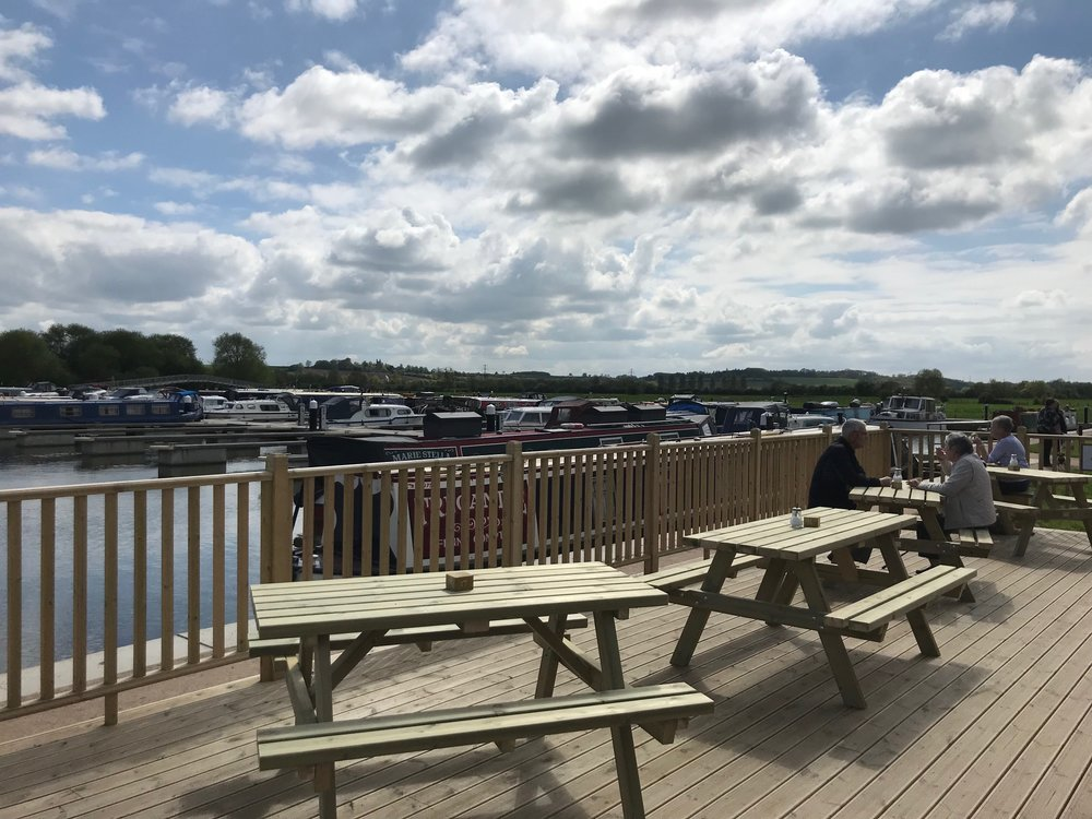 decking_marina_moments_white_mills_marina_river_nene