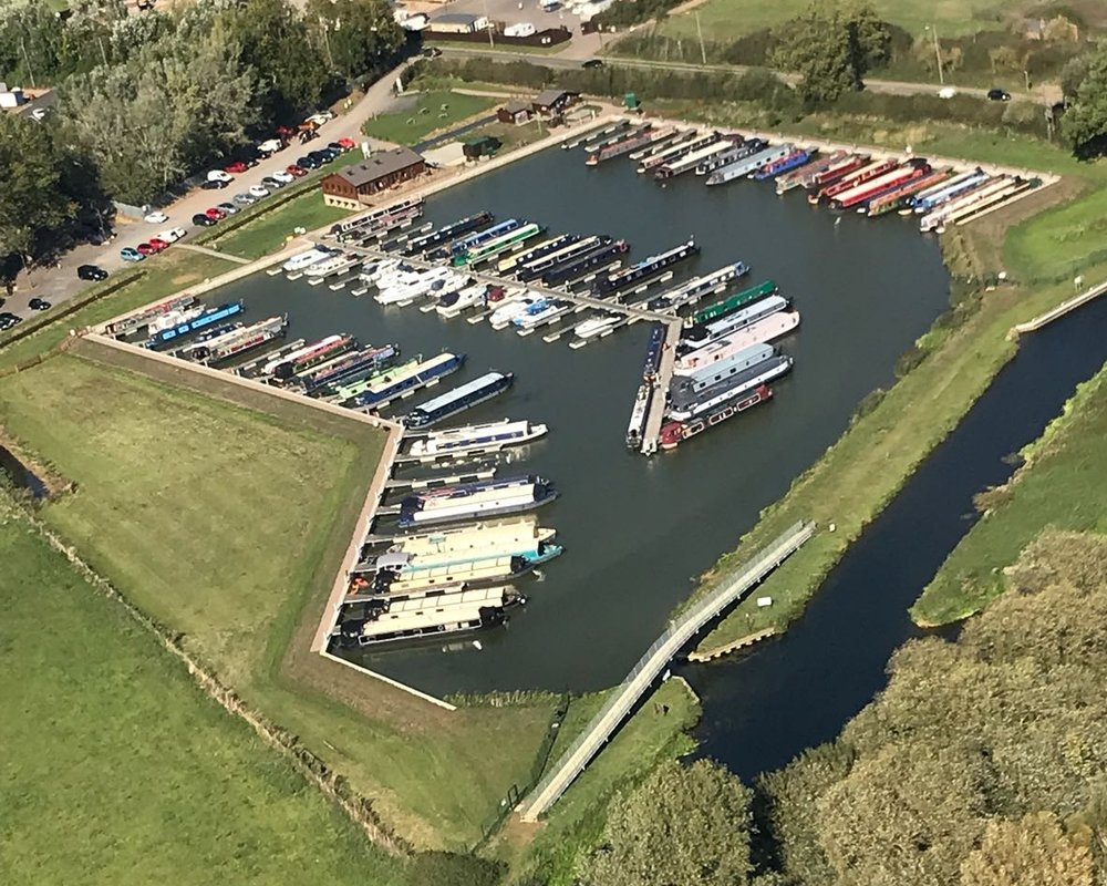 white_mills_marina_river_nene_ September_2018