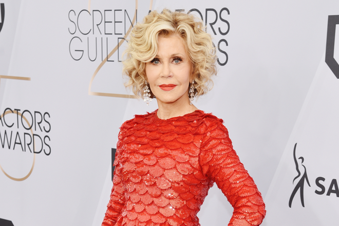 Makeup artist Shawnelle Prestidge has been the secret weapon behind many of Jane Fonda's makeup looks for several years. Considering how flawless Fonda looks every time she hits the red carpet, we had to pick Prestidge's brain on her makeup musts—both for the 81 year old actress and those with more mature skin types in general.       Read the Full Article