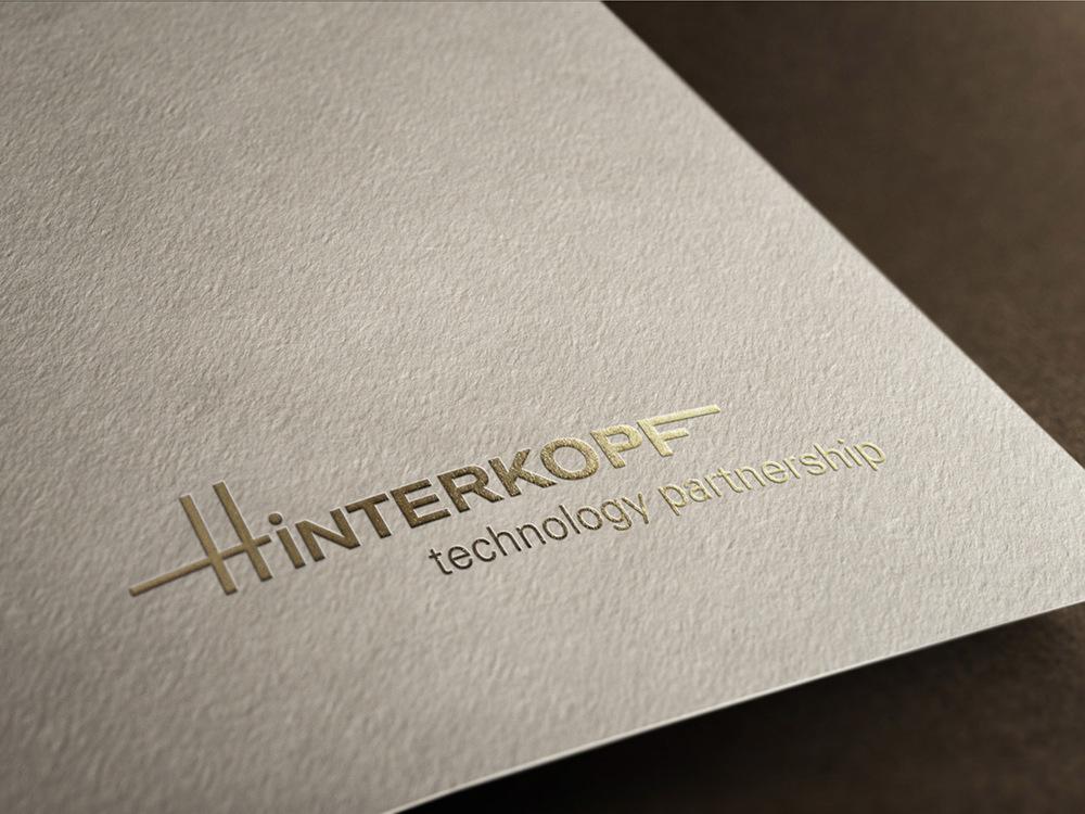 Hinterkopf_Goldprägung.jpg