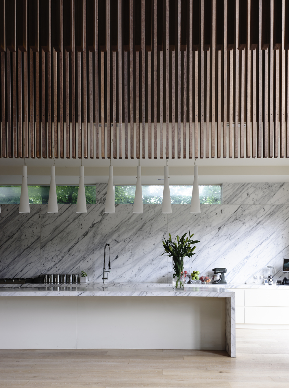 St Kilda house kitchen by Chamberlain Architects