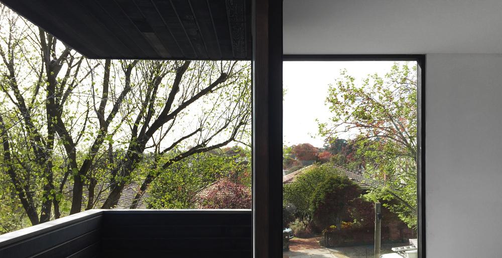 Garden house interior by Chamberlain Architects