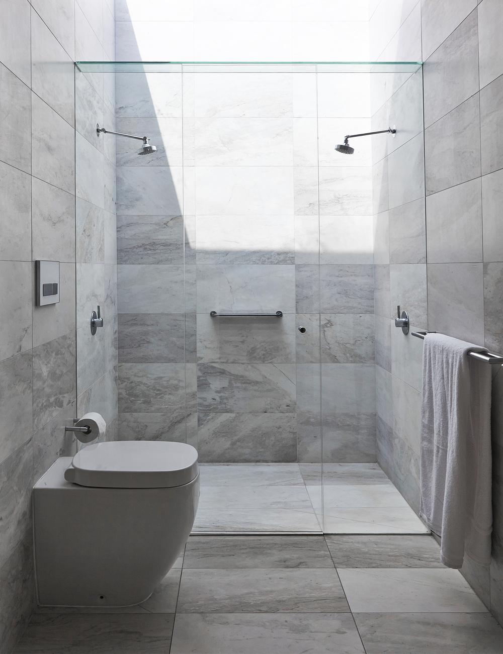 Fraser street bathroom by Chamberlain Architects