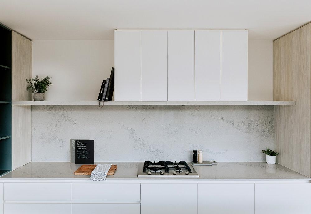 LOWELaSal-kitchen_1.jpg