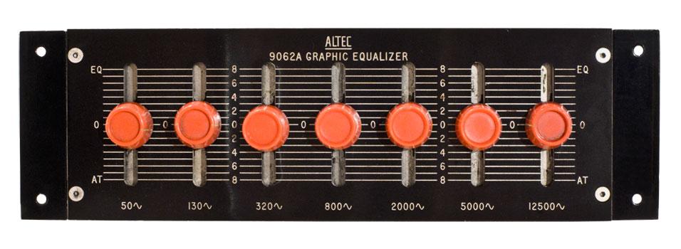 Altec-9062a-eq.jpg