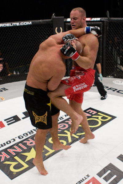 MMA Standup Muay Thai Clinch with Knee.jpg