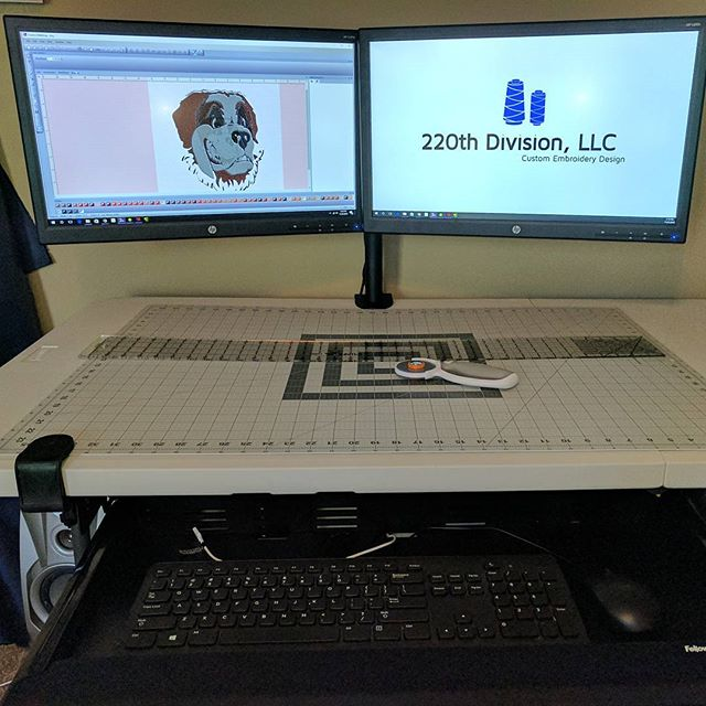 Lab 2.1 upgrade is complete! Making the most use out of the smallest space with a hybrid digital and manual workstation. #dualmonitormount #keyboarddrawer #selfhealingmat #rotarycutter #lipedgeruler #220Customs