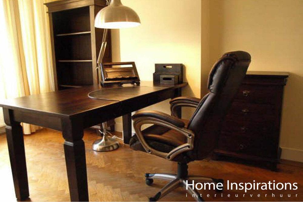 Bureau en bureaustoel exclusieve stijl