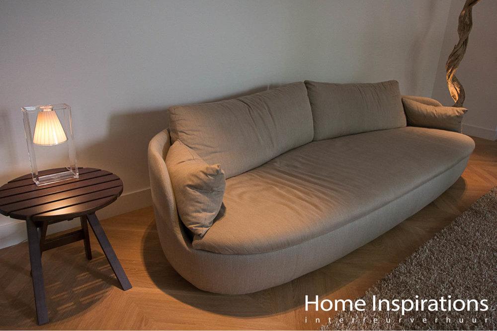 Naturelkleurige zitbank design woonstijl