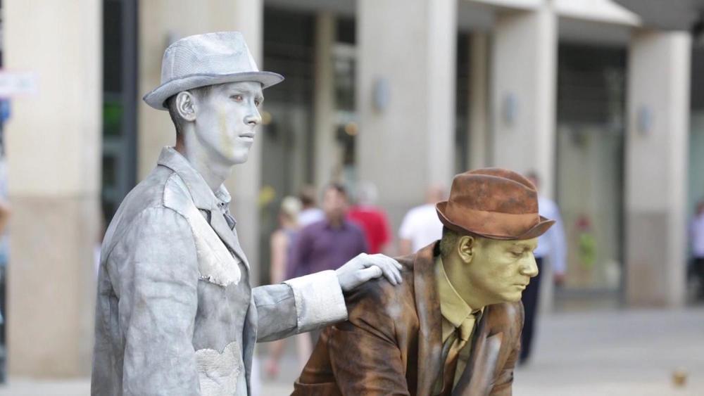Ferenc_Galyas_als_lebende_Statue.jpg
