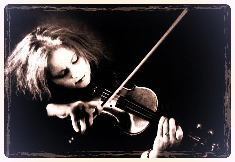 Martina Geige SW 2.jpg