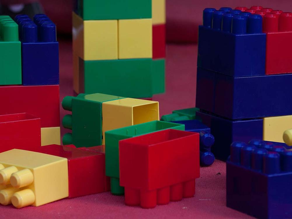 Business_Event_Kinder_Betreuung_Baukl�tze_f�r_kleine_Kinder_Babysitting_Pflege